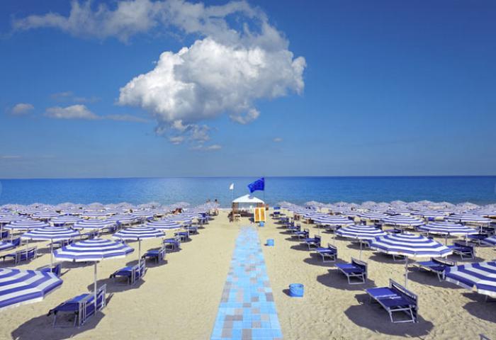 Matrimonio Spiaggia Soverato : Nausicaa village soverato jonio ai prezzi bassi d italia