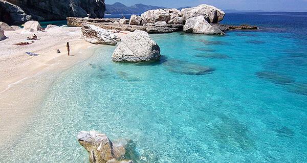 cala mariolu Le 5 spiagge più belle della Sardegna secondo Play Viaggi