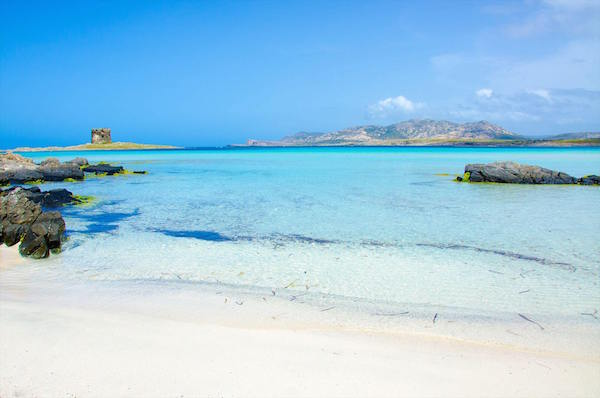 Le 5 spiagge più belle della Sardegna secondo Play Viaggi