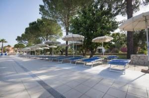 vl_gallery_40_11_dolmen_sport_resort_piscina_solarium